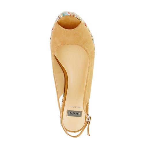 Sandali da donna con lati chiusi bata, beige, 769-8522 - 19