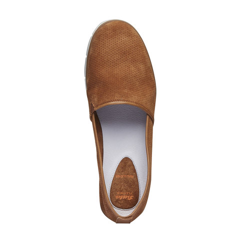 Slip-on di pelle con perforazioni flexible, marrone, 513-3200 - 19