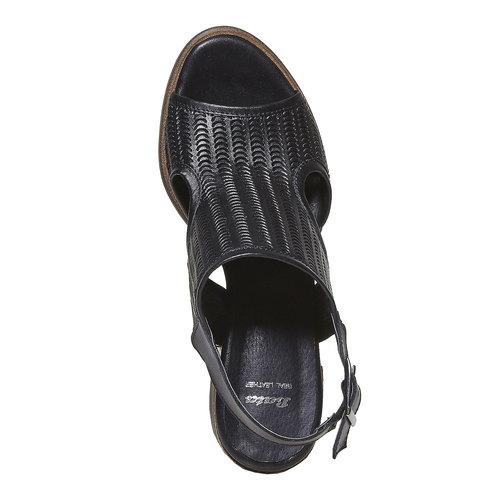Sandali in pelle con perforazioni bata, nero, 764-6515 - 19