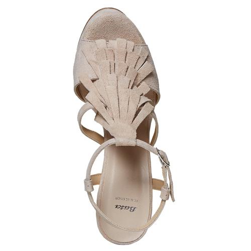 Sandali di pelle con tacco stabile bata, beige, 763-8583 - 19